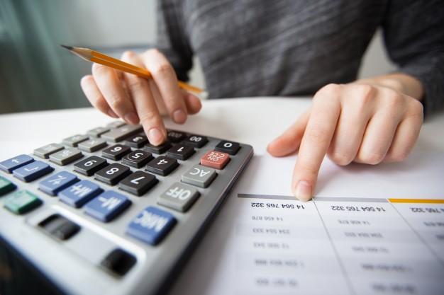 calculando empréstimo ou parcelamento da fatura